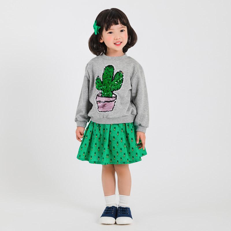오즈키즈,아동복,아동화,등원룩,등원패션,여아스커트,아동맨투맨